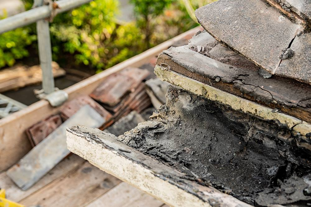 The Problem with Concrete Gutters - The Gutter and Cladding Company